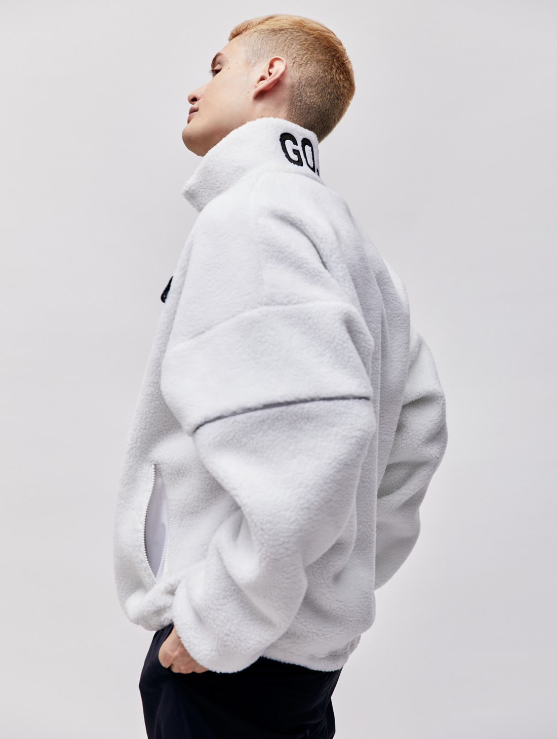 FLEECE ZIP UP PULLOVER - WHITE